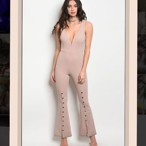 NWT Sleeveless fitted jumpsuit bell bottom legs